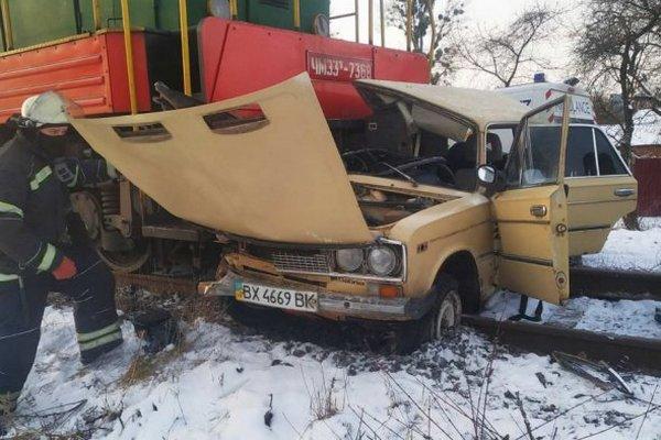 Поезд тянул автомобиль 200 м — трагедия на железной дороге в Виннице
