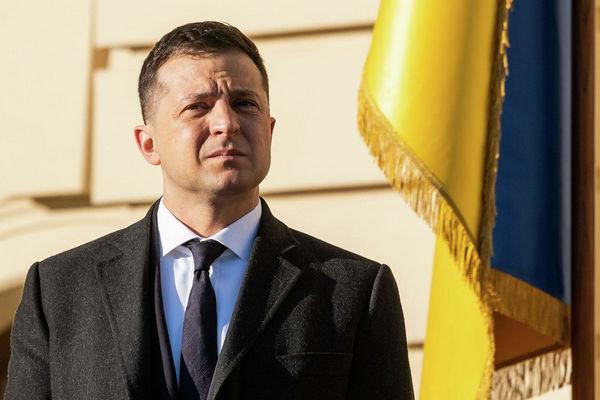 Зеленский продолжает возглавлять президентский рейтинг, за ним — Порошенко и Бойко