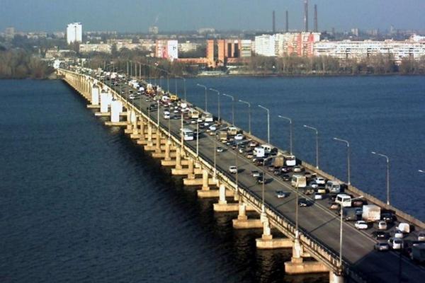 «Укравтодор» и УЗ подписали меморандум о достройке Дарницкого моста в Киеве к концу 2021 года
