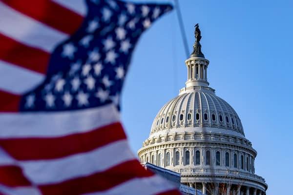 Власти США подсчитают масштабы иностранного вмешательства в выборы и введут санкции — документ