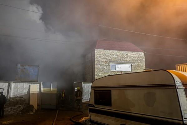 В Киеве сгорела баня: стало известно, сколько человек погибли