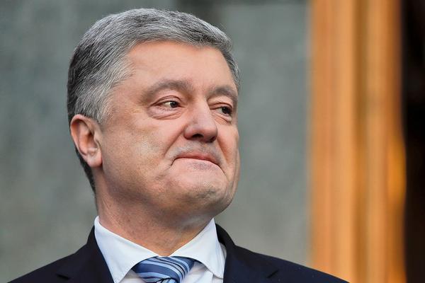 Порошенко призывает вакцинировать как можно большее число украинцев и тем самым разорвать цепь заболеваний
