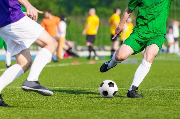 Где арендовать поле для футбола в Киеве?