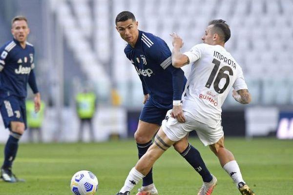 «Ювентус» исключил уход Роналду из клуба этим летом