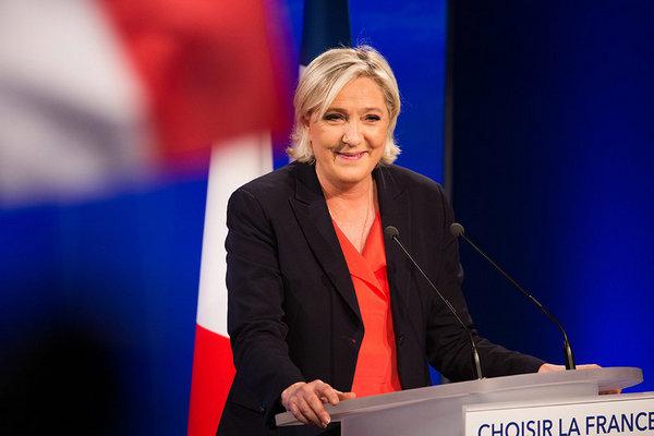 Марин Ле Пен считает, что победит на выборах президента Франции