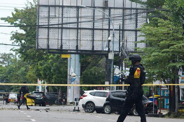 В Индонезии возле католической церкви прогремел взрыв: есть раненые