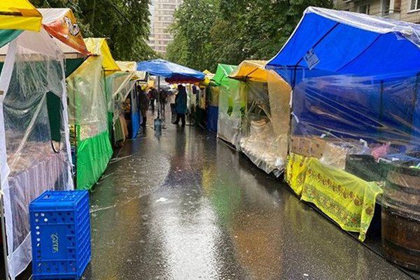В Киеве запретили проведение ярмарок в начале апреля из-за коронавируса