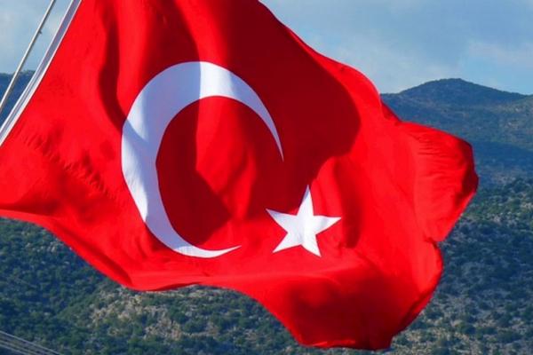 В Турции рассматривают усиление ограничений на фоне рекорда в 55 000 заражений