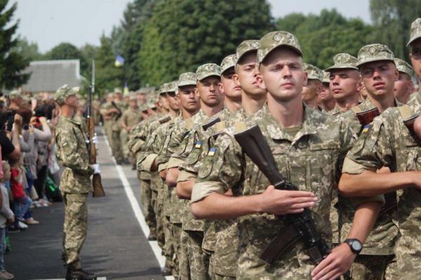 В Украине начался призыв на срочную военную службу