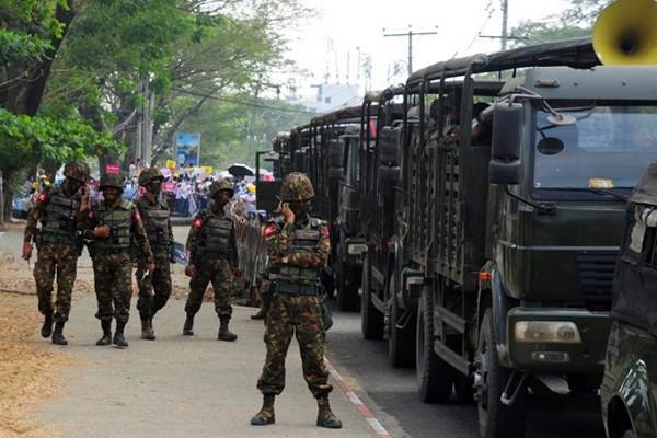 Протесты в Мьянме: за день силовики убили более 80 человек