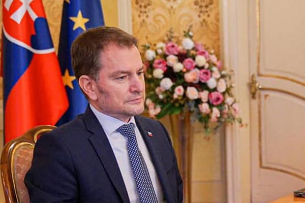 Экс-премьер Словакии, потерявший должность из-за «Спутника V», приехал в Москву за вакциной