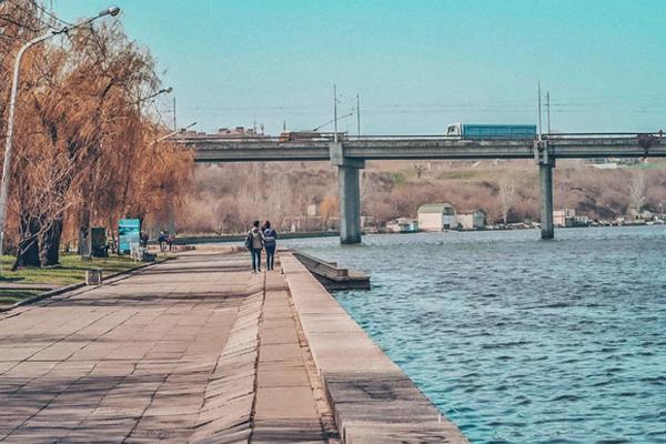 Николаев усиливает карантин: транспорт по часам, школы – на дистанционном