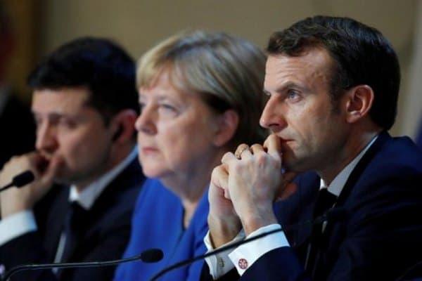 Меркель в пятницу проведет переговоры с Макроном и Зеленским