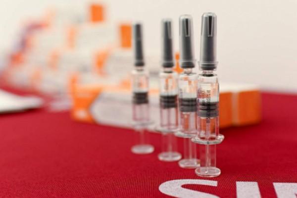 Вакцину CoronaVac должны отправить в регионы уже в понедельник
