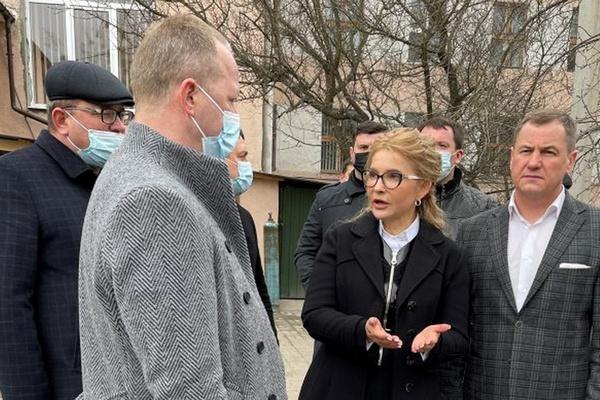 Тимошенко: Наводить порядок в системе здравоохранения надо немедленно, каждый потерянный день — это жизнь людей