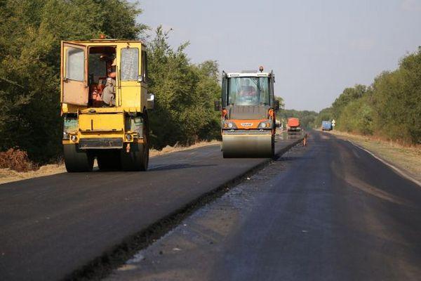 В «Укравтодоре» заявили, что построят в 2021 больше качественных дорог за меньшую цену