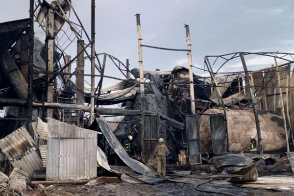 На заводе в Харькове произошел взрыв: разрушено здание, есть погибший