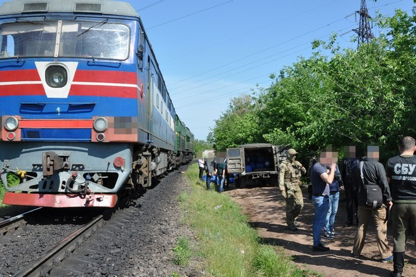 СБУ разоблачила в Николаеве масштабное хищение дизтоплива Укрзализныци