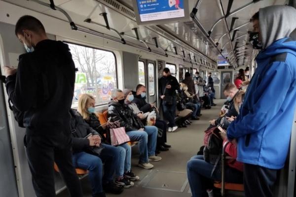 «Киевпастранс» и метро просят столичную власть дать деньги или поднять цену на проезд