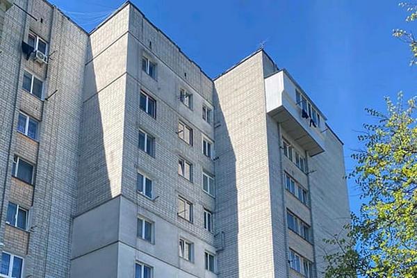 Во Львове двухлетний ребенок выпал из окна 8 этажа
