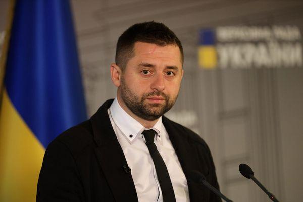 Наиболее вероятный кандидат на главу Минздрава главсанврач Ляшко – глава фракции «Слуга народа»
