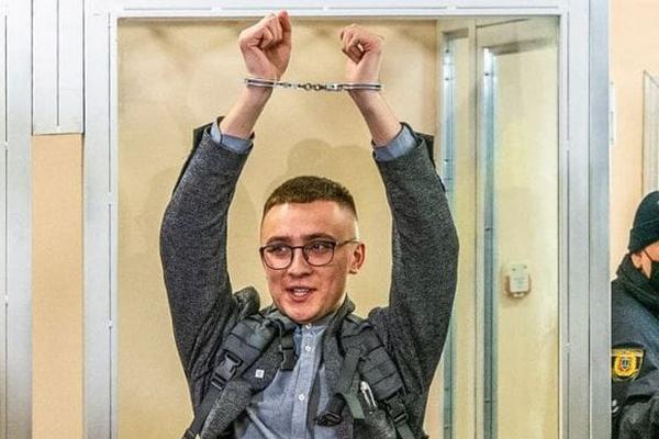 Стерненко оправдали по статье о разбое, по которой давали 7 лет тюрьмы