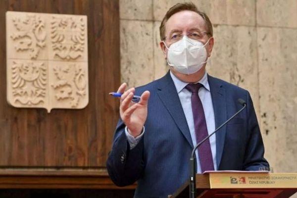 Министр здравоохранения Чехии уходит в отставку спустя полтора месяца на посту