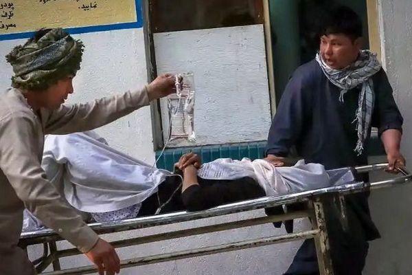 Взрыв возле школы в Кабуле: число жертв возросло до 55, 150 получили ранения