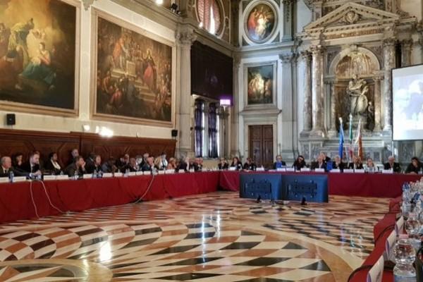 «Венецианка» выступила за решающую роль международных экспертов в очистке ВСП