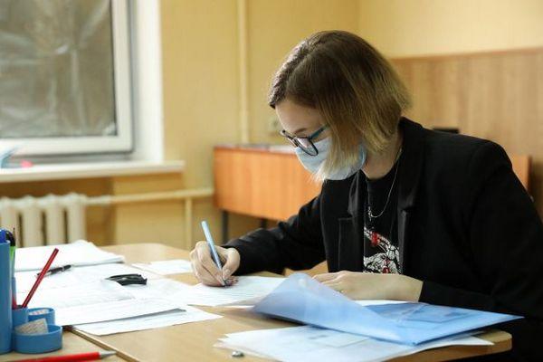 В Украине проводят первый пробный квалификационный экзамен магистров