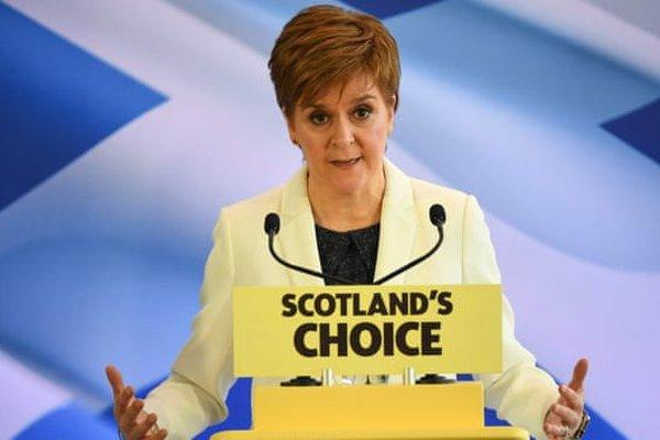 Первый министр Шотландии обещает добиться референдума о независимости