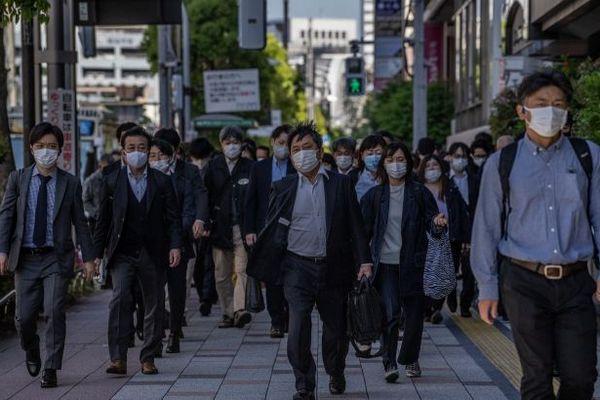 Япония продлевает карантин: в стране обнаружили рекордную заболеваемость COVID-19