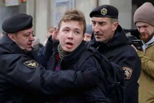 Украина просит Беларусь объясненить так называемые «следственные действия ЛНР» с Протасевичем