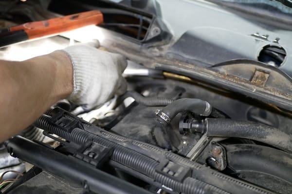 Ремонт вакуумного насоса усилителя тормозов