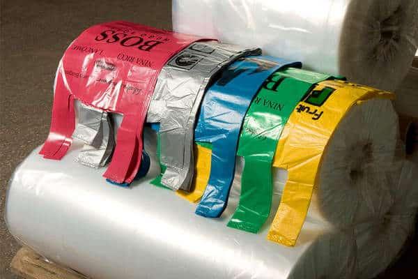 Пакеты-майка из полиэтилена — лучшее решение для торговой точки на рынке