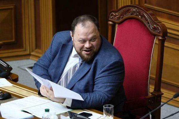 Рада не будет оттягивать голосование за закон Зеленского об олигархах, — Стефанчук