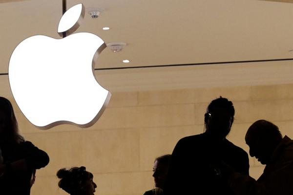 Десятки сотрудников Apple отказались возвращаться на работу в офисы