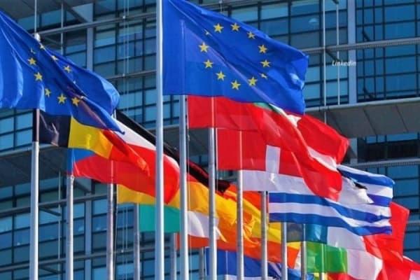В ЕС назвали важным факт начала диалога между Белградом и Приштиной