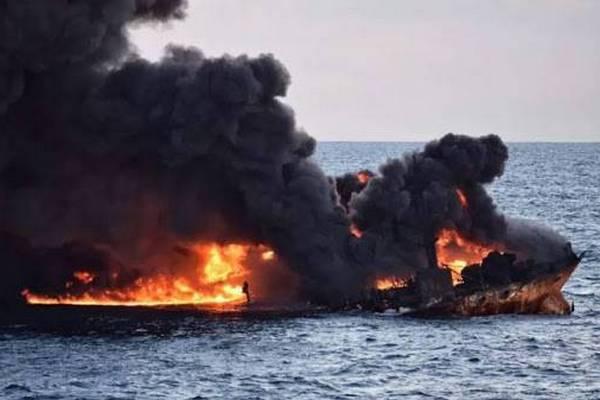 В Индийском океане горело судно с украинцами: МИД раскрыло детали