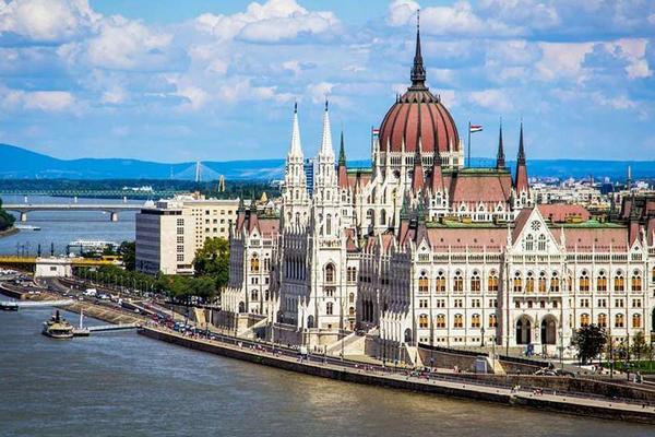 Украина и Венгрия договариваются об упрощении поездок
