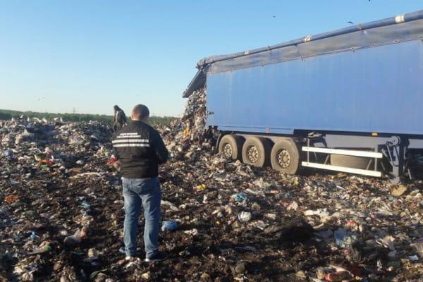 СБУ разоблачила мужчину в загрязнении земель на Черкащине