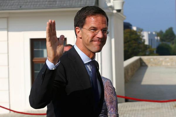 Премьер Нидерландов считает, что Венгрии нет места в ЕС после скандального ЛГБТ-закона