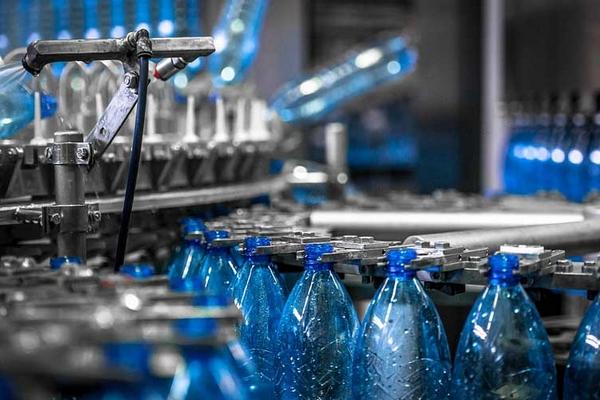 Оборудование для разлива воды: особенности и преимущества
