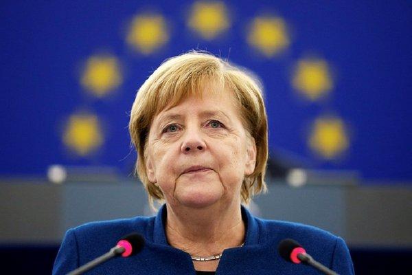 Меркель надеется на конкретные результаты климатического саммита в Глазго в ноябре