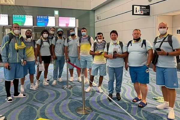 Первые украинские спортсмены прибыли на Олимпиаду в Токио