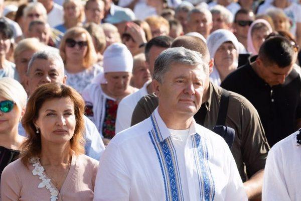 Порошенко принял участие во всеукраинском Зарваницком паломничестве