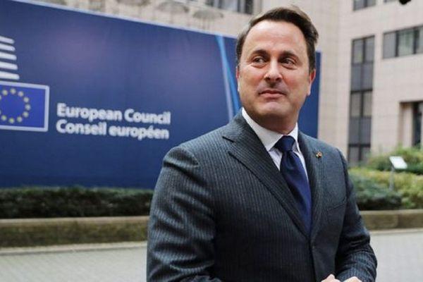 Премьер-министр Люксембурга попал в больницу с COVID-19