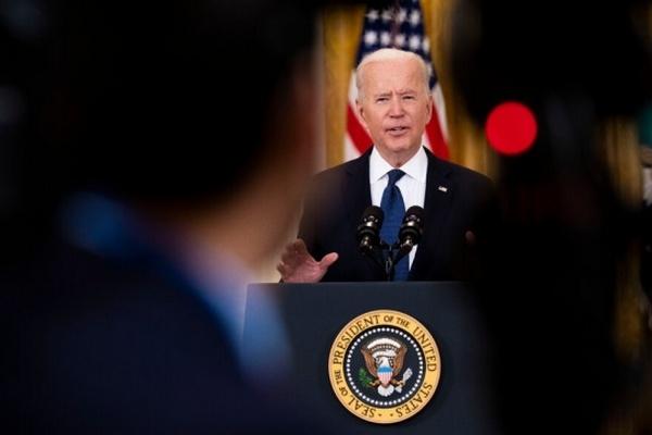 Конгрессмены призывают Байдена изменить дату визита Зеленского в Белый дом