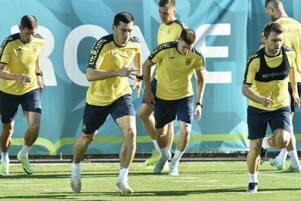 УЕФА заблокировала английским болельщикам билеты на матч с Украиной
