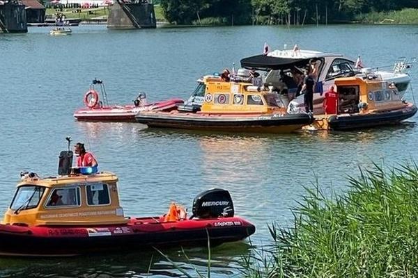 В Польше вертолет с украинцами упал в озеро